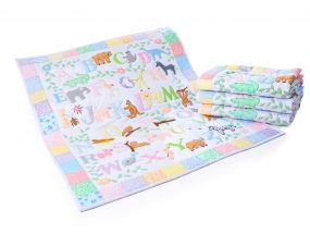 Animal abc pastel Baby Quilt (Medium)
