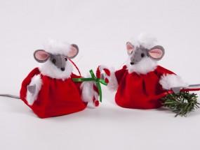 Christmas velvet mice