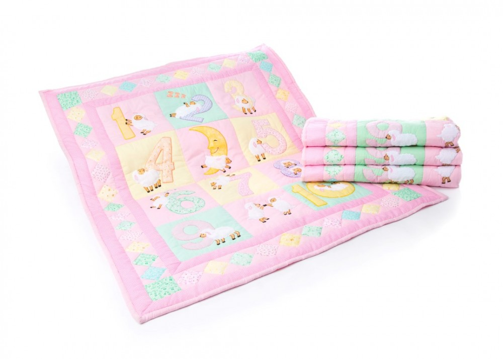 Counting Sheep Pink Baby Quilt (Medium)