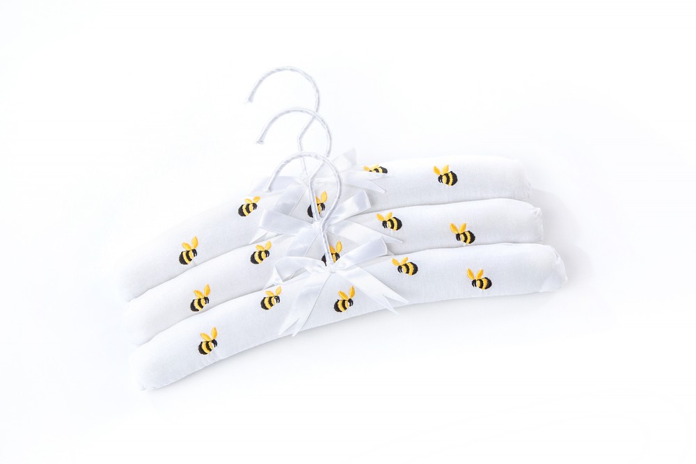 Bee Hangers web